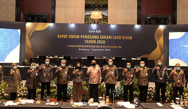 ridwan-kamil-minta-bank-bjb-jadi-top-of-mind-perbankan-dan-finansial