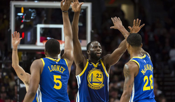 golden-state-warriors-selangkah-lagi-menuju-final-nba